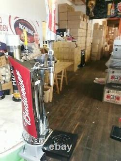 Budweiser Illuminated Bar Font / Beer Pump