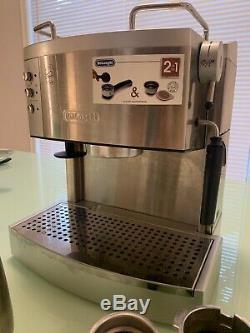 DeLonghi Ec702 15 Bar Pump Driven Espresso Latte and Cappuccino Maker Stainless