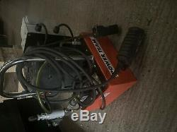 Power Team PE172 Hydraulic Cylinder electric pump 700 bar 240v no VAT