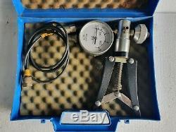SI Pressure Instruments TP1-25 Pressure Calibrator Pneumatic Hand Pump 25Bar