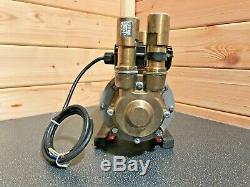 Superb Grundfos Watermill 3 Bar Positive Twin Shower Pump Bp100d & Warranty